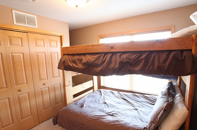 3rd Bedroom - Bunk